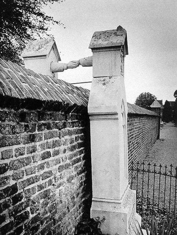 1888 katolikus és protestáns házastársak sírja, külön temetőben, de így is együtt