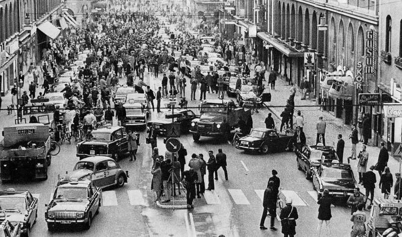 September 3, 1967: overnight, Sweden switched from driving on the left side of the road to the right. This is the next morning.